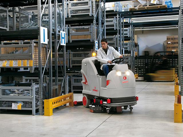 уборак складов и производственных помещений